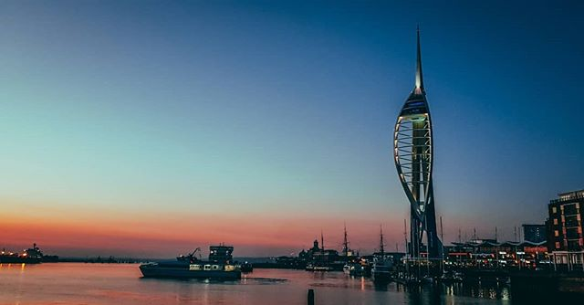 Spinnaker Tower at dusk, such a great place and luck to have this place so close to home. #spinnakertower #gunwharfquays #spiceisland #portsmouth #sea #boat